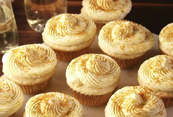 Champagne Cupcakes Desserts With Liquor